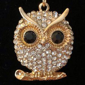 Jewelry - Sparkly gold/silver/rhinestone owl necklace